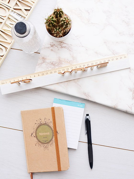 Back to school DIY: 'to write' latje