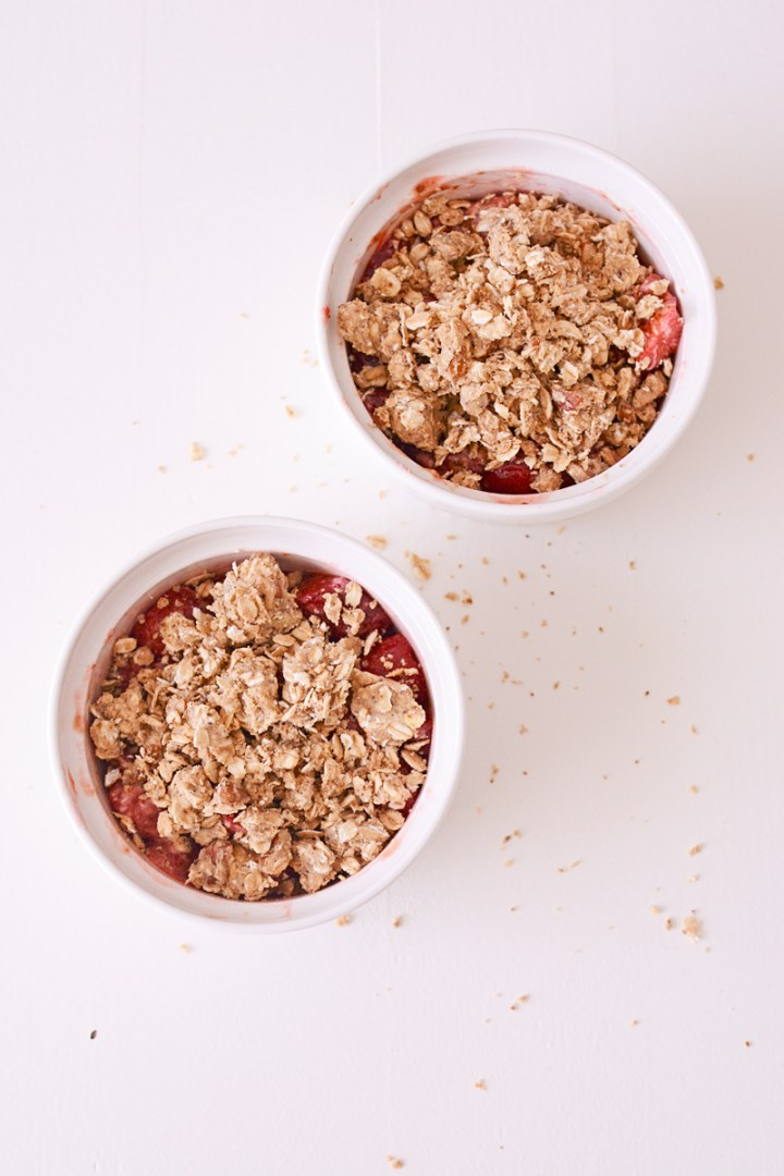 Perfect dessert: skinny aardbeiencrumble