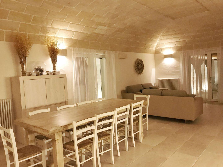 Corte dei Massapi villa living & dining area