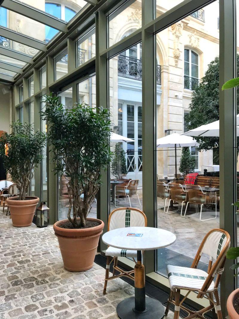 Hoxton Hotel Paris Bright Seating Area