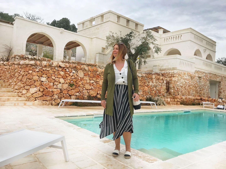 Loving life at Corte dei Massapi villa pool