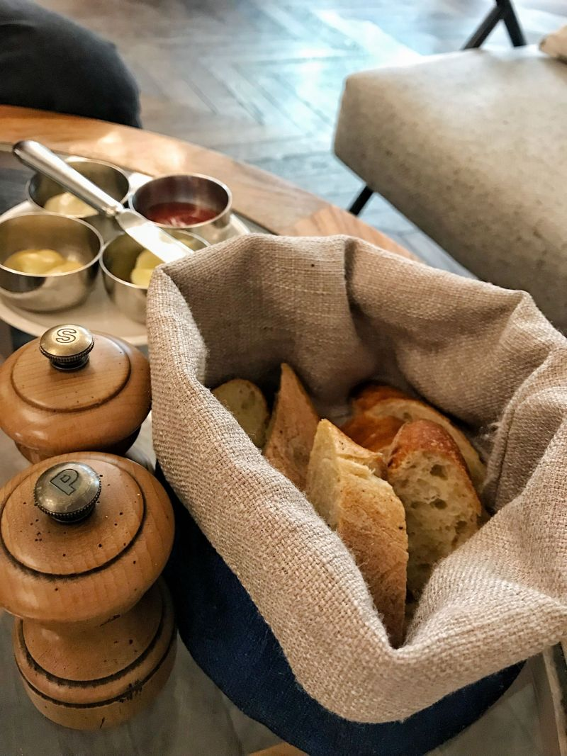 Rivie Restaurant Bread