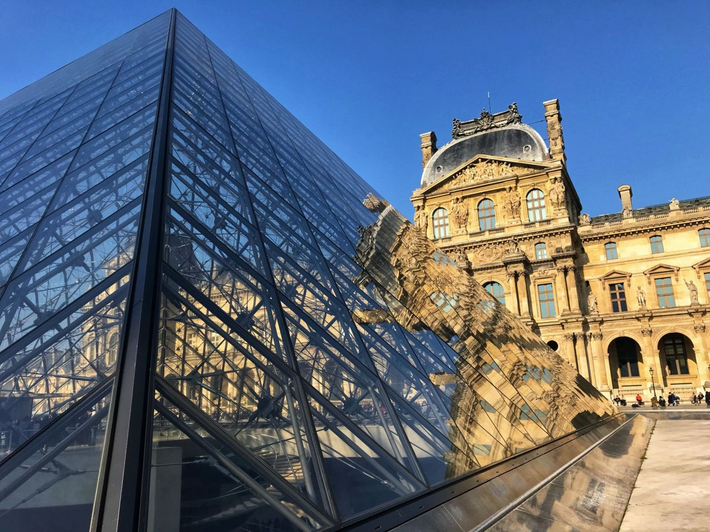 Side view of The Louvre Paris