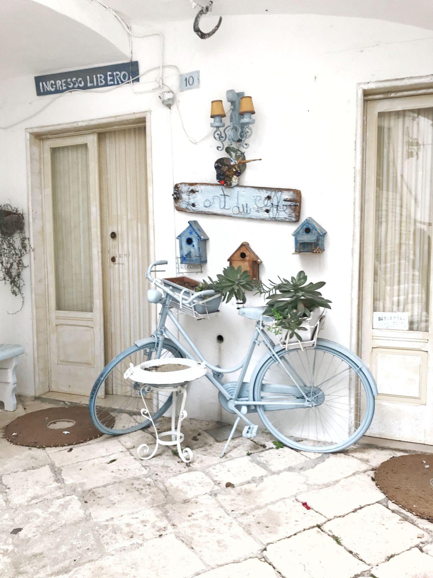 Decorative bike in Locorotondo