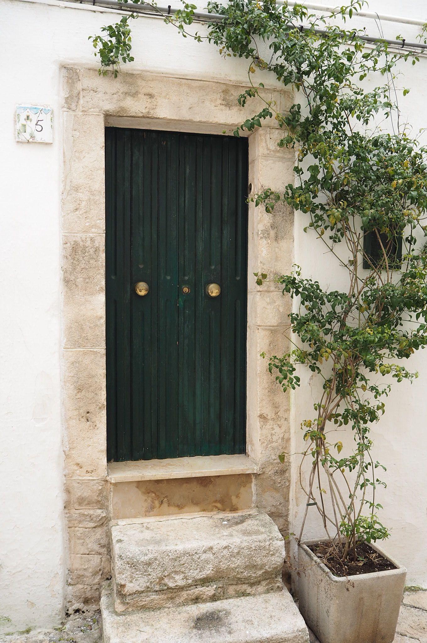 Locorotondo pretty Italy doorway
