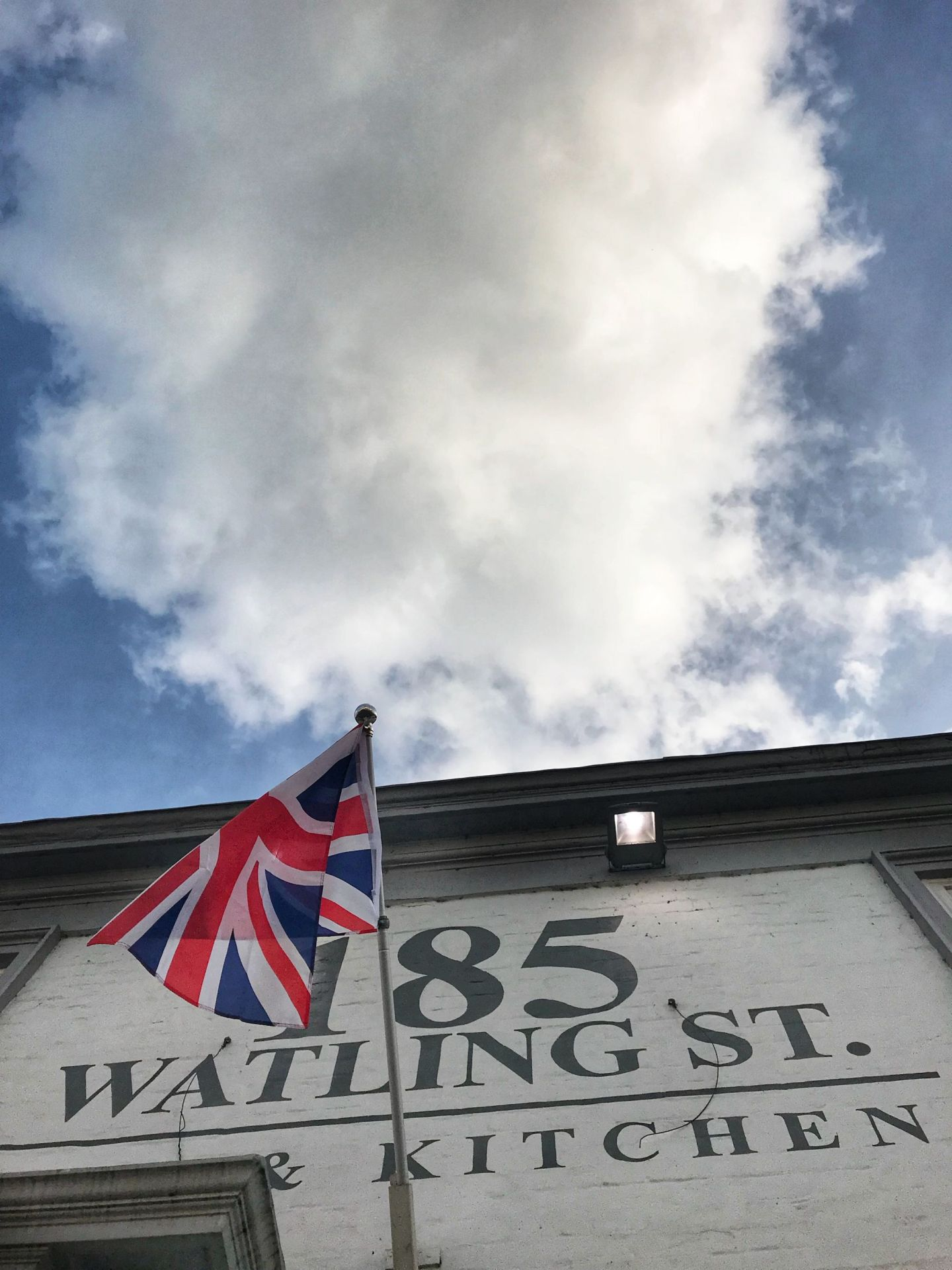 185 Watling St British Union Jack
