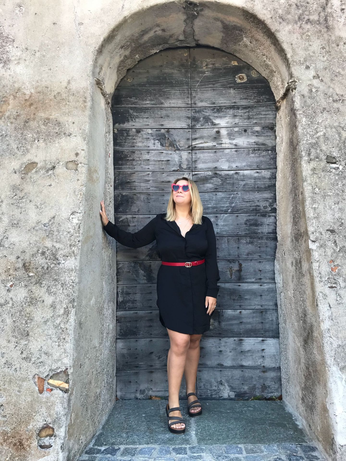 H&M Black Shirt Dress Paired with red thin circular belt