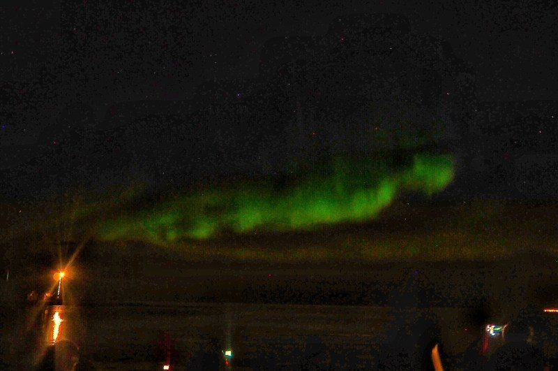 Knowing-how-to-use-a-camera-to-capture-the-Norther-Lights-is-a-must
