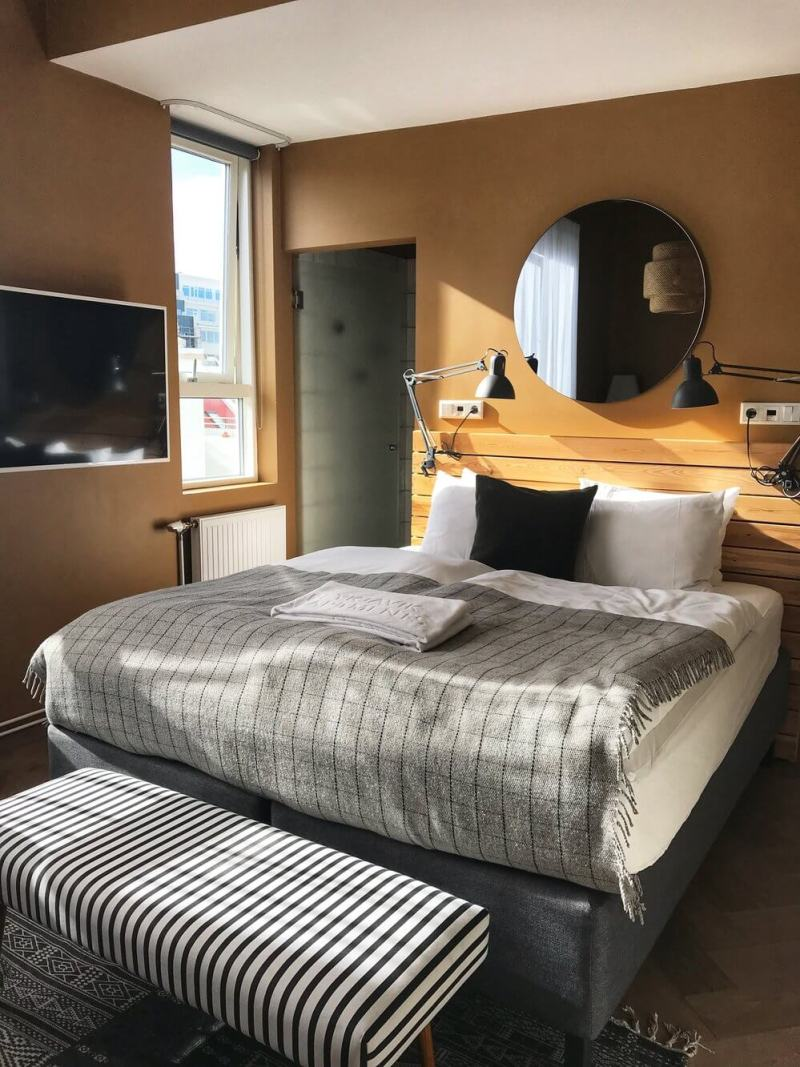 review swan house apartments reykjavik Iceland