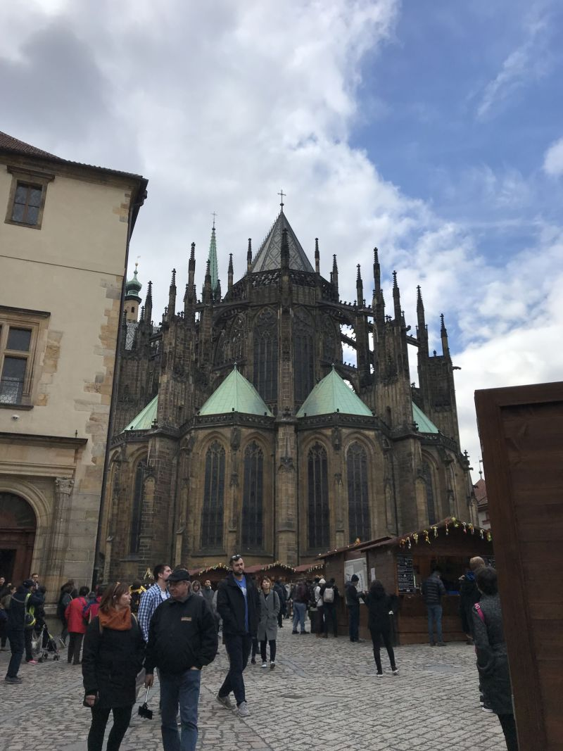 st vitus cathedral street food view