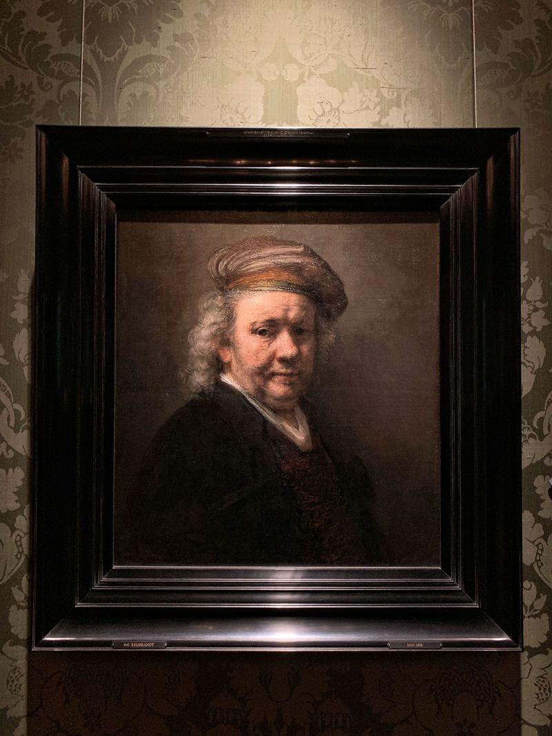 Rembrandt-Self-Portrait-Dutch-Golden-Age-Collection-Mauritshuis-The-Hague