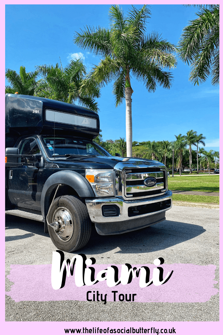 Enjoy the perfect welcome to Miami tour with Gray Line! Ideal for a first time visit to Miami, explore the best of Miami attractions in the comfort of a guided mini bus.Tips for things to see in Miami, read my review of Gray Line Sightseeing Miami. #miami #miamitour #miamicitytour #miamiattractions #grayline