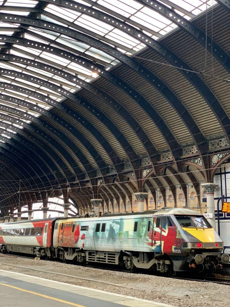 Armistice-Day- LNER-train-York-Central-Station-