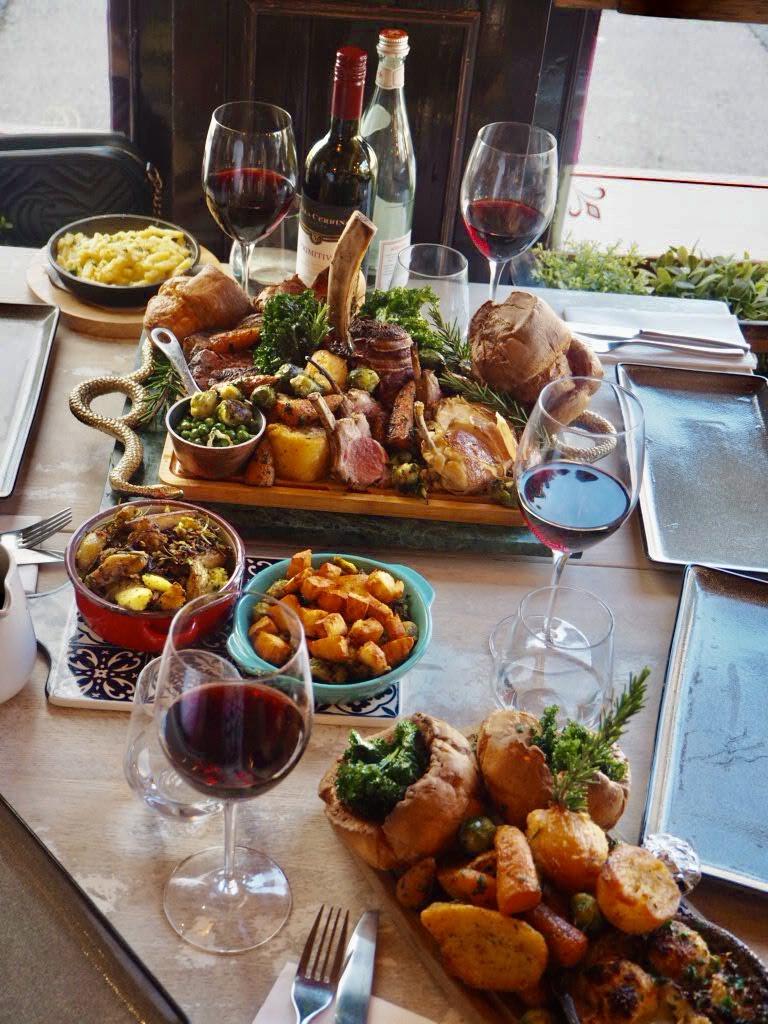 Nonnas-Mega-Roast-Sunday-table-Woburn-Sands-Milton-Keynes