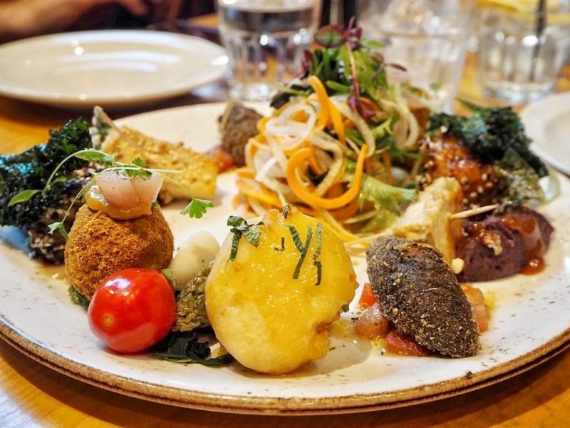 Vegetarian-sharing-platter-Terre-a-Terre-Restaurant-Brighton
