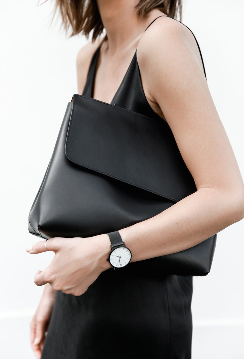 10 of the most important and stylish minimalist fashion basics