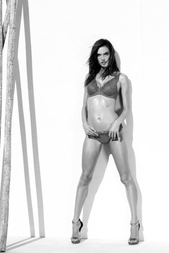 alessandra-ambrosio-lascana-lingerie-campaign8