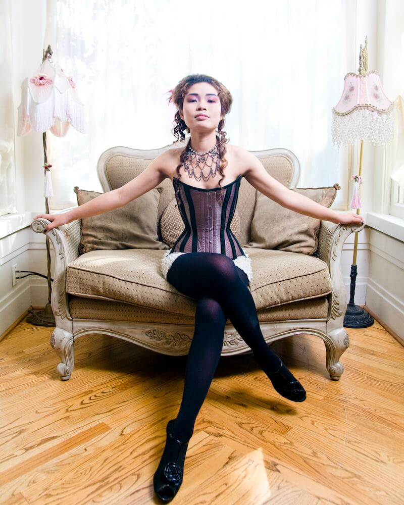 20 Bones Broken Ribs And Other Myths About Corset Waist Training