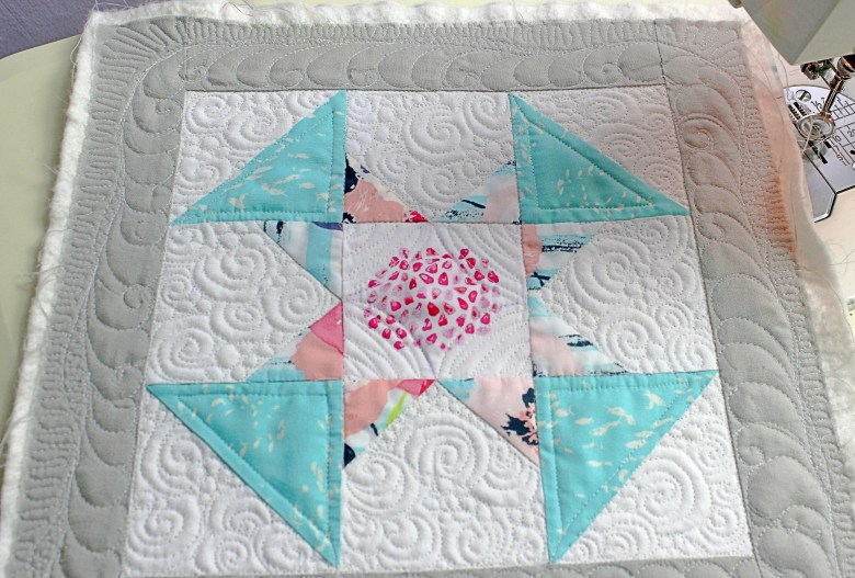 Free Motion Quilting on Block A Dandy | Sewcial Bee Sampler