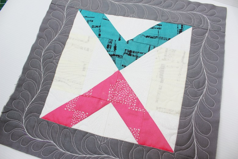Free Motion Quilting on Block Right Angle| Sewcial Bee Sampler