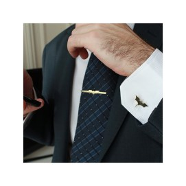 Why Tuxedos Looks Much Better With Cufflinks