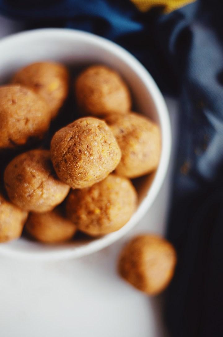 Gluten free and vegan snack balls recipe