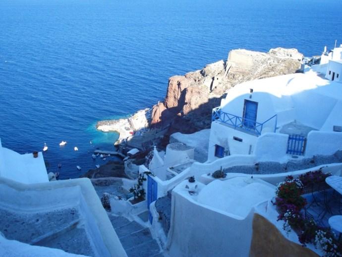 Grecia_Santorini_caldera_Oia_photo_credit@thelostavocado (26)