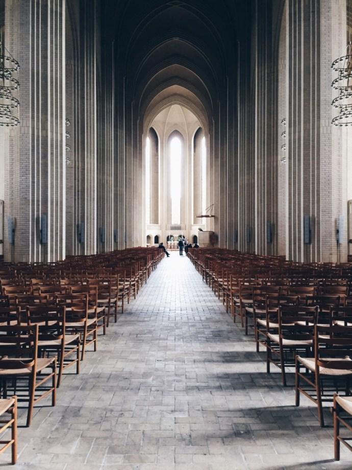 copenaghen-denmark-grundgtvig-church-kirken-chiesa-photo-credits-thelostavocado-(2)