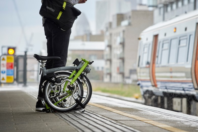Commuting with a Brompton