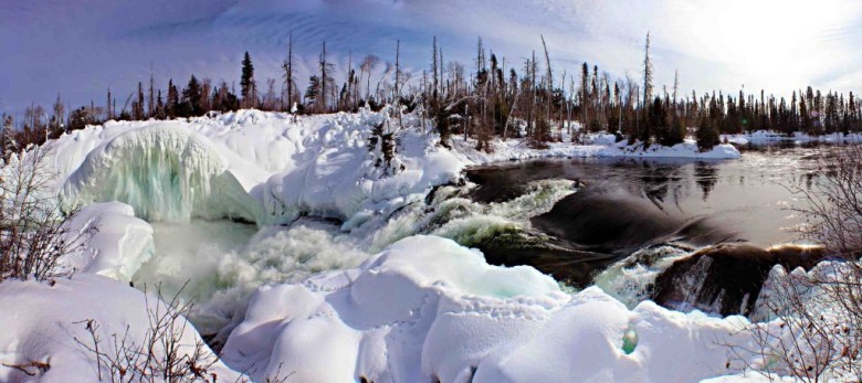 Nistowiak Falls, Canada