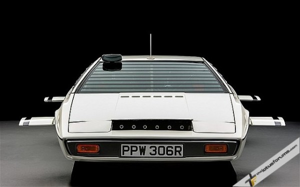 LOTUS-ESPRIT-BOND-_2640176b