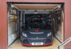 Exige LF1 #1 in Sir Stirling's garage