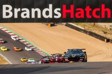 Williams leads the pack in race one