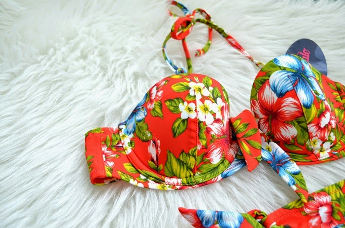 REVIEW: BUFFALO BIKINI VIA SISTER SURPRISE