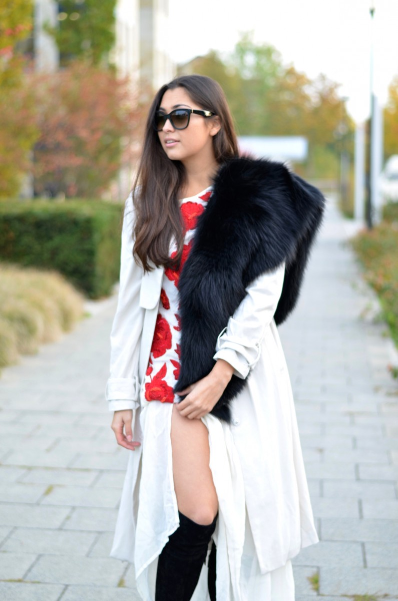 Split Dress-Twin Set-Black Overknees-Suede-Chiffon-Embroidering-Fur-Fall-Winter-Antoinette Fashion-Prada Sunnies-Brunette-Munich-Fashionblog-German Fashionblogger-Luxury-Look-Outfit-Ootd-Inspiration-The Loud Couture-Personal Style Blog