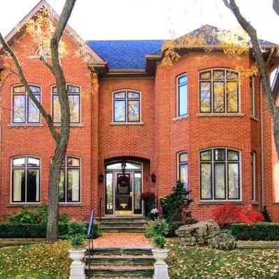 Beautiful Home in Toroto