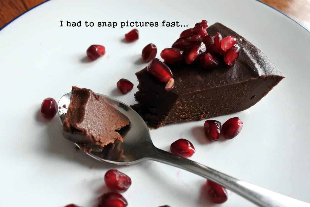 dark chocolate vegan pie gluten free sugar-free rich creamy L'Oven Life