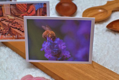 Bee message card