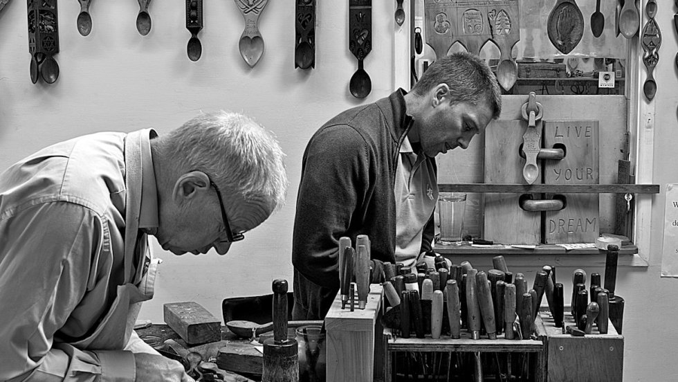 hand carving lovespoons at The Lovespoon Workshop