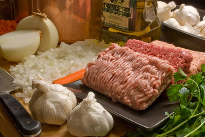 Ingredients for LunaCafe's Bolognese Sauce