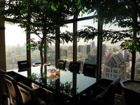 Banyan Tree Bangkok - Presidential Suite dining table