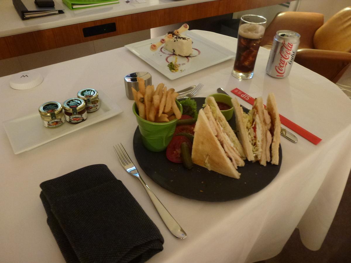 W Taipei - Club Sandwich