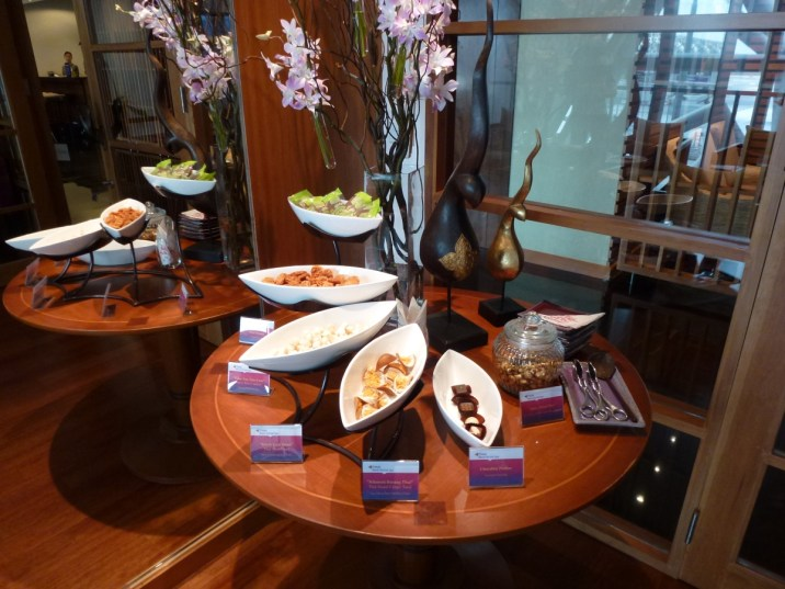 Royal First Class Lounge - Spa amenities