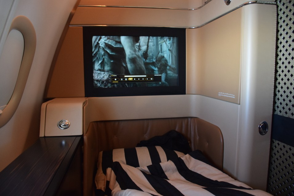 Etihad Airways Diamond First Class - Suite bed