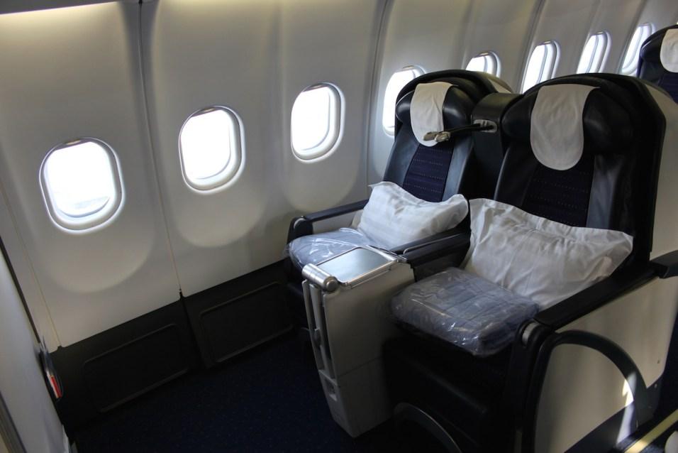 Air Seychelles Business Class - Aisle seats