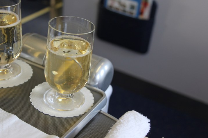 Air Seychelles Business Class - Welcome drink