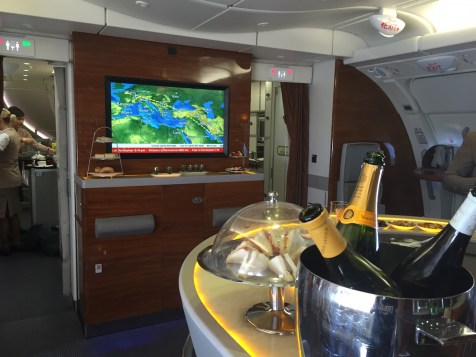 Emirates A380 Business Class - Relaxation lounge