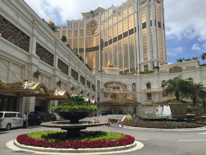 Macau - Galaxy mall entrance