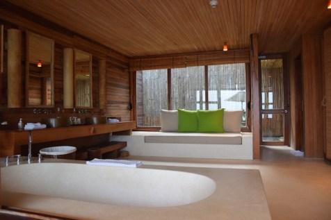 Six Senses Con Dao - Ocean View Duplex Pool Villa bathroom