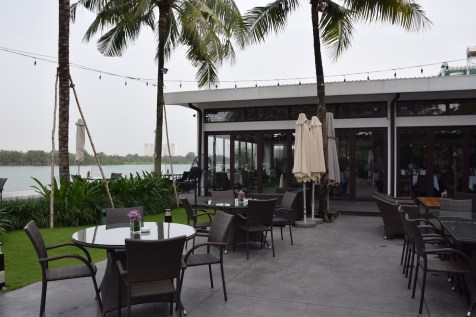 Villa Song Saigon - Song Vie Bar patio